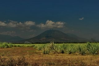 Volcano near Usulutan