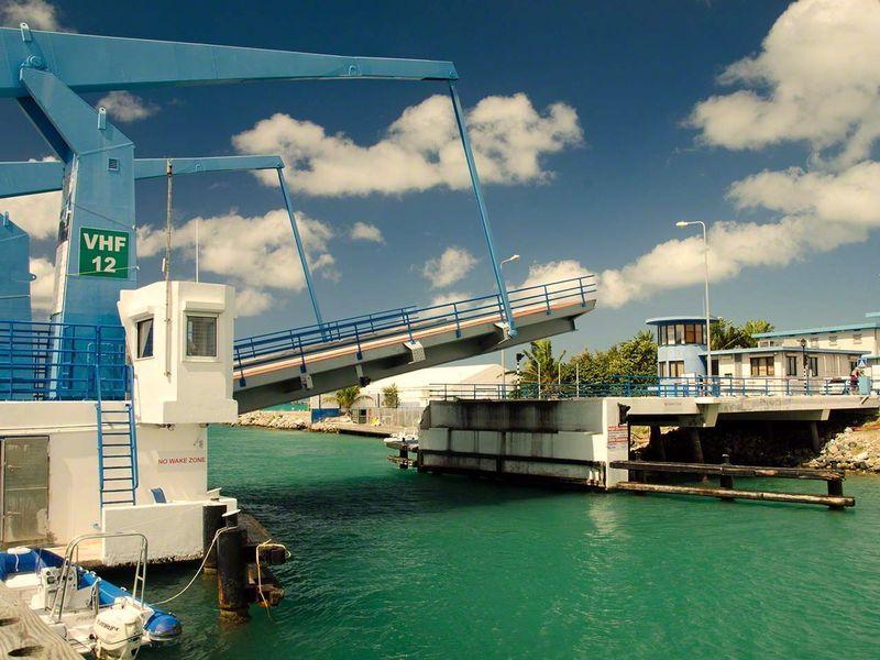 Simpson Bay drawbridge