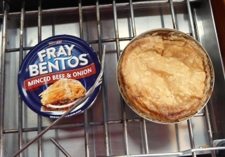Cooked pie and lid