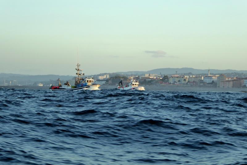 Avoiding the fishing fleet