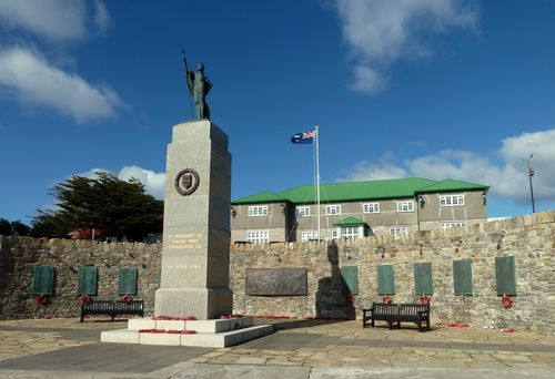 Memorial to 1982 War with Argentina